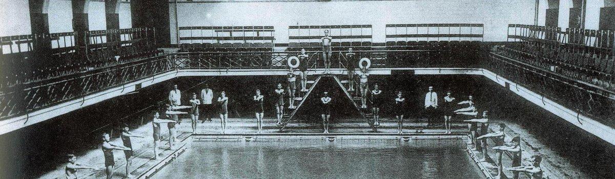Main pool 1920s