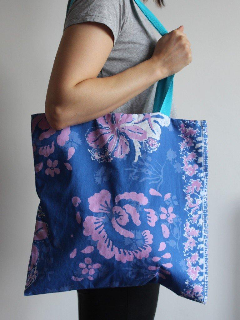 Hawaiian Blue Tote Bag