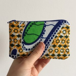 Blue and white purse batik blue zip