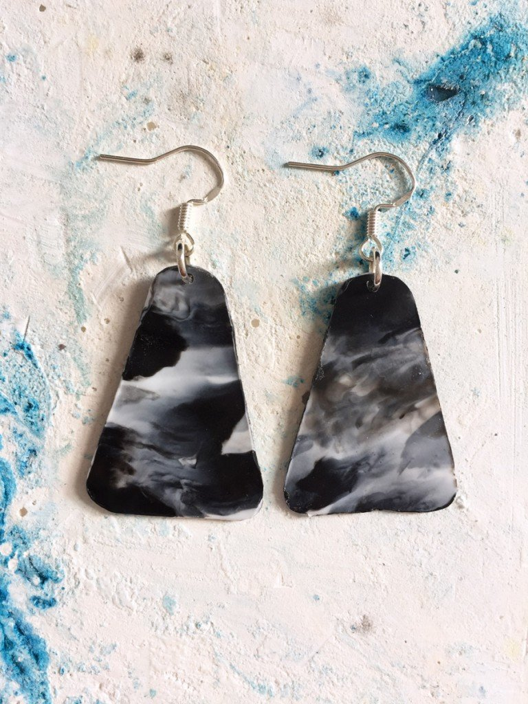Monochrome | Triangle earrings