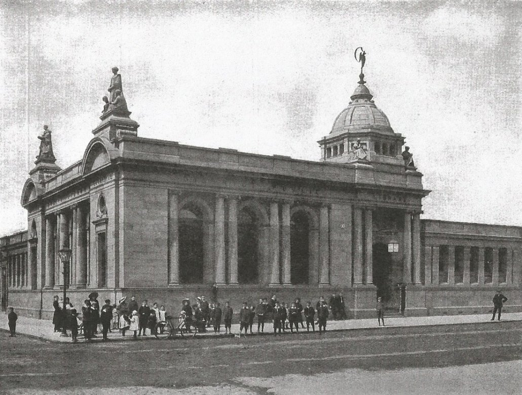 Black and white photograph of library exterior