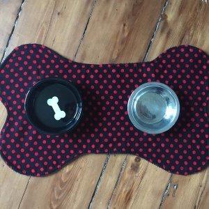 Polka dot doggy mat-top view