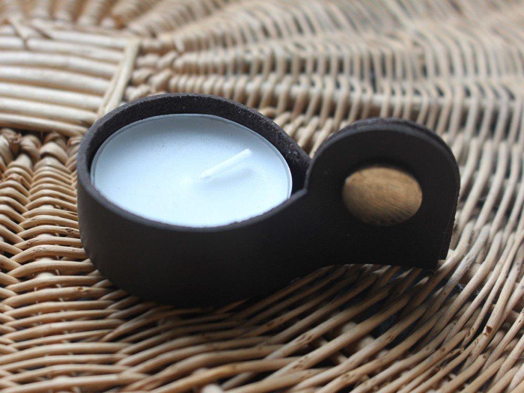Dark brown candle holder